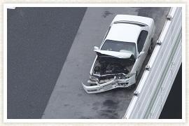 加害者の方または自損事故を起こされた方のイメージ